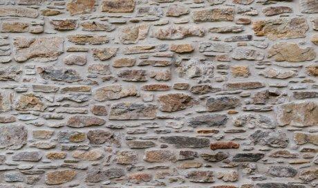Création de mur d'enrochement par entreprise de terrassement